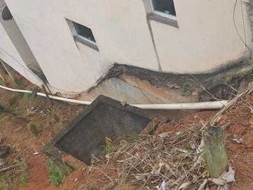 Nova rede de esgotos acaba com problemas em um bairro de Marechal Floriano 2