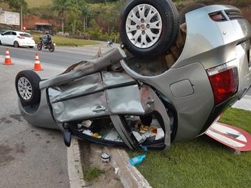 Movimentação neste feriado provoca colisão na BR 262 em Domingos Martins