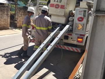 Troca de peças encerra perigo de queda de cabos elétricos em Marechal Floriano