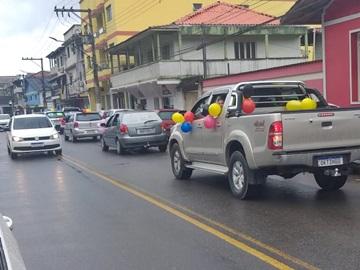 Dia do professor continua sendo comemorado com carreata em Marechal Floriano