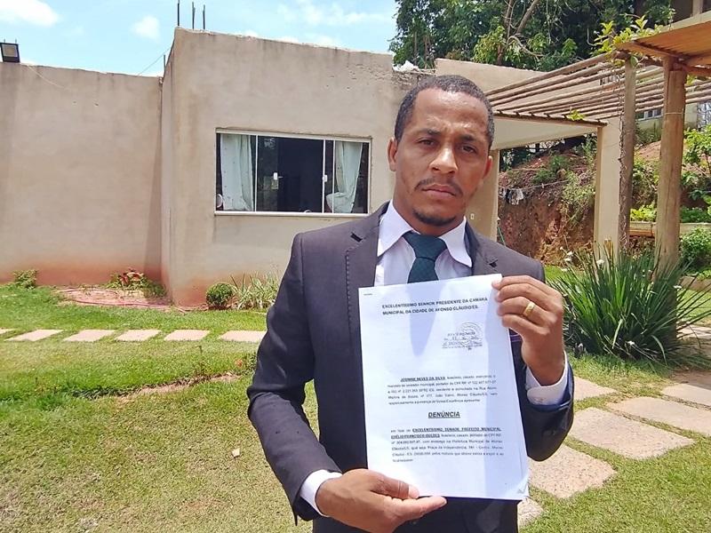 Vereador grava vídeo e acusa prefeito de tentativa de suborno