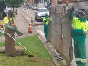 Equipes braçais da Prefeitura de Marechal Floriano preparam a cidade para visitas 2