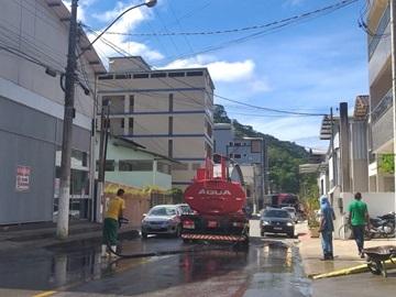 Lavagem das ruas de Marechal Floriano com água clorada se for necessário