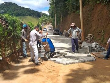 Adiantada a obra de calçamento que é construída com o apoio do Governo do Estado em Marechal Floriano