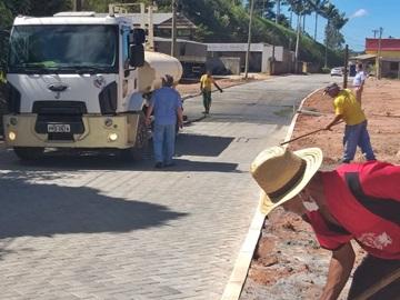 Preparativos finais para inauguração da pavimentação do Trevo de Paraju