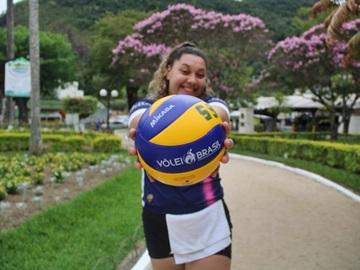 Jovem atleta de Domingos Martins vai jogar vôlei em clube de Santa Catarina