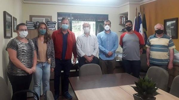 O prefeito João Carlos Lorenzoni PSB o Cacau designou uma nova equipe técnica que irá atuar na Secretaria de Meio Ambien