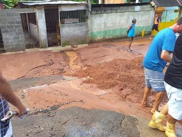 Tempestade amedronta em Marechal Floriano e em Domingos Martins neste domingo