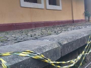 Briga entre moradores de rua provoca destruição em espaço público de Marechal Floriano