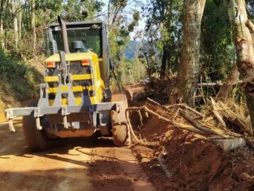 Continuam os trabalhos de recuperação das antigas estradas destruídas em Marechal Floriano 2