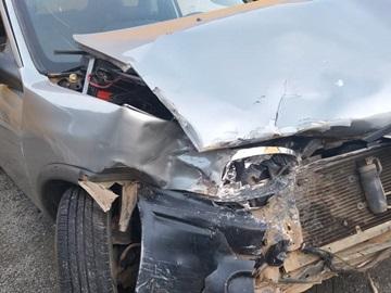 Colisão na BR 262 em Santa Isabel destrói um carro 2