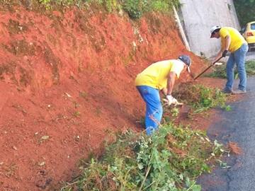 Ruas em locais altos de Marechal Floriano recebem limpeza