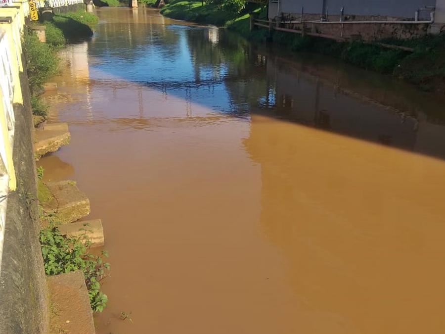 Chuva-forte-da-tarde-e-noite-desta-quinta-feira-10-amplia-a-vazao-do-Braco-Sul-do-Rio-Jucu