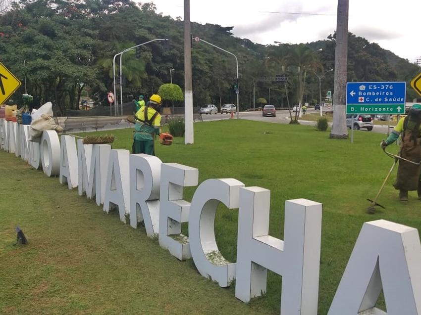 Letreiros-de-bem-vindo-a-Marechal-mais-visiveis-apos-corte-de-capim-2