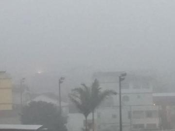 Neblina invade a Região Serrana e exige cuidados dos motoristas na via federal