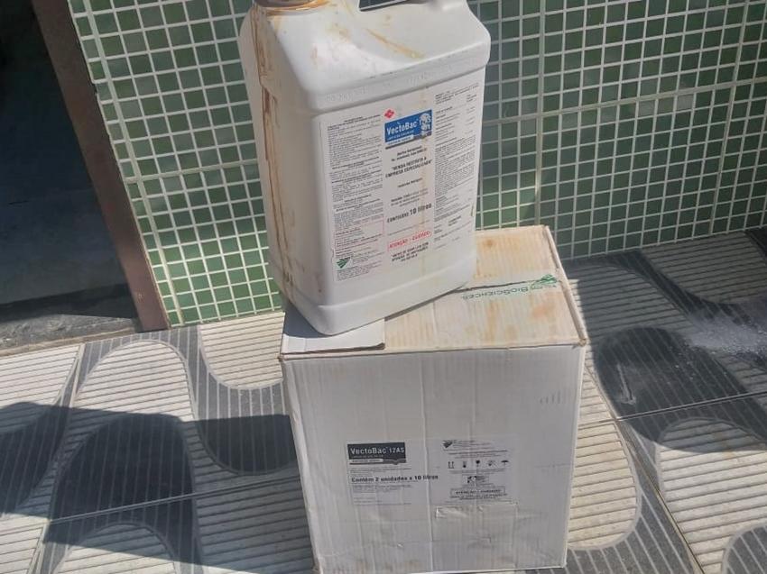 Aplicacao-de-produto-contra-os-mosquitos-aedes-aegypti-em-Marechal-Floriano-1