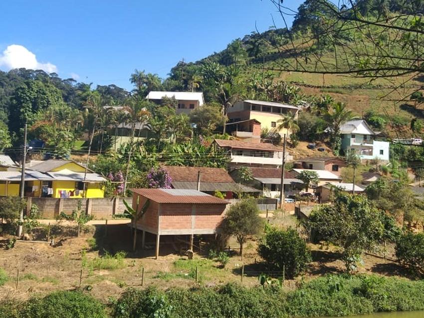Moradores-de-bairro-em-Marechal-Floriano-querem-mais-agua-tratada-2