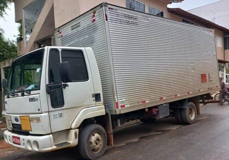caminhao-e-caminhonete-furtados